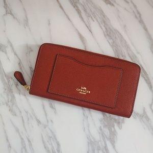 NEW Coach Crossgrain Leather Accordian Zip Wallet
